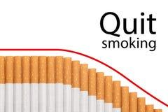 Cigarrillos del gráfico del texto Quit que fuman Imágenes de archivo libres de regalías