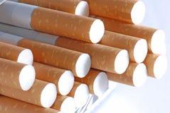 Cigarrillos en primer foto de archivo libre de regalías