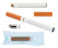 Cigarro eletrônico com as peças isoladas no branco Imagem de Stock Royalty Free