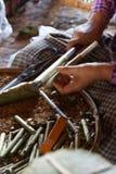 Cigarros del puro del balanceo Foto de archivo libre de regalías