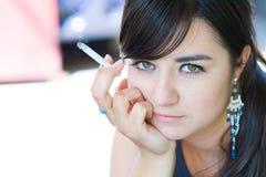 cigarrrökning Fotografering för Bildbyråer