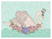 Cigno sveglio con la corona ed i fiori Fondo di favola per i bambini Fotografia Stock