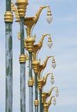 Cigno tailandese di arte sulla posta della lampada Immagini Stock Libere da Diritti