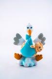 Cigogne avec le bébé nouveau-né images libres de droits