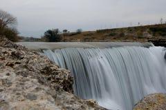 Cijevna nedgångar nära Podgorica Montenegro royaltyfri foto