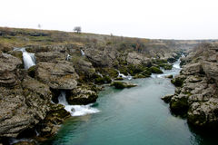 Cijevna nedgångar nära Podgorica Montenegro Royaltyfria Foton