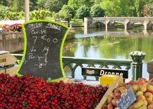 Ciliege dal fiume Dronne la Dordogna Francia Fotografia Stock Libera da Diritti