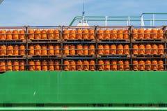 Cilindri del butano in una barca Fotografia Stock