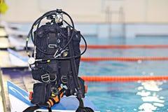 Cilindri dell'attrezzatura di immersione con bombole Immagini Stock Libere da Diritti