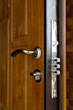 Cilindri tripli su una nuova serratura di alta sicurezza Immagini Stock