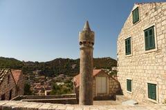 Cilindrische fumari van schoorstenenfumar op Lastovo-eiland, Kroatië royalty-vrije stock afbeeldingen