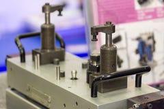 Cilindro da braçadeira ou braçadeira giratória do balanço para industrial foto de stock