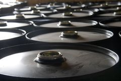 Cilindros de petróleo Imagem de Stock