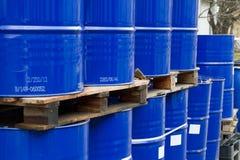 Cilindros de petróleo Imagens de Stock