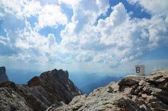 In cima allo Zugspitze Fotografie Stock Libere da Diritti