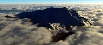 Cima de la montaña Fotos de archivo libres de regalías
