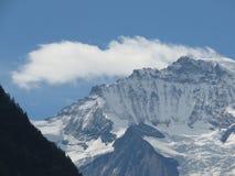 Cima del ` della montagna del ` di Europa nelle alpi svizzere, come prese da Interlaken, la Svizzera Immagini Stock Libere da Diritti