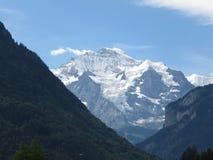 Cima del ` della montagna del ` di Europa nelle alpi svizzere, come prese da Interlaken, la Svizzera Fotografie Stock Libere da Diritti