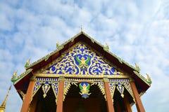 Cima del tempio buddista di luogo pubblico del tetto fotografie stock libere da diritti