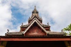Cima del tetto del padiglione antico di Wat Sisaket Monastery a Vientiane, Laos immagini stock libere da diritti