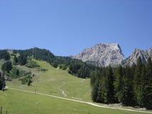 Cima della montagna nelle alpi Immagini Stock Libere da Diritti