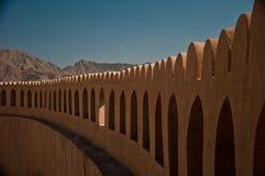 Cima della parete della fortezza immagini stock