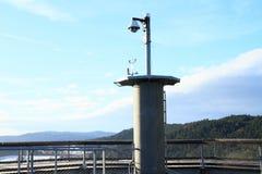 Cima della torre dell'allerta di Lipno degli alberi della traccia Fotografie Stock