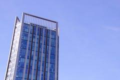 Cima di un edificio per uffici alto Fotografia Stock