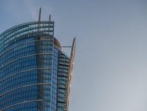 Cima di un grattacielo di vetro Immagine Stock
