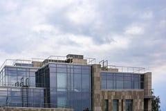 Cima vetrosa di alta costruzione della città Fotografie Stock Libere da Diritti