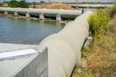 Cimente a tubulação, San Francisco Bay Area, Sunnyvale, Califórnia Imagens de Stock