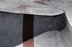 Cimento de patinagem da rampa imagens de stock royalty free