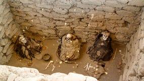 Cimetière antique de civilisation de nazca de preinca de Chauchilla, Nazca, Pérou image stock