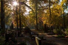 Cimetière d'automne Photographie stock libre de droits