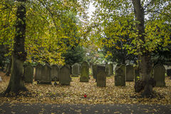Cimetière de Newark, route de Londres Nottinghamshire R-U en automne Photo libre de droits