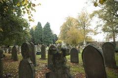 Cimetière de Newark, route de Londres Nottinghamshire R-U en automne photographie stock