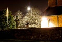 Cimetière la nuit Photographie stock libre de droits