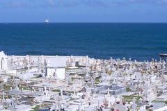 Cimetière par la mer Photographie stock