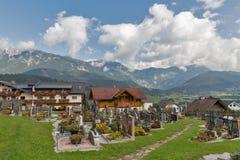 Cimitero alpino in Haus, Stiria, Austria Immagini Stock Libere da Diritti