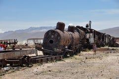 Cimitero arrugginito del treno in Uyuni, Bolivia Fotografia Stock