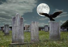 Cimitero con la luna piena Immagini Stock Libere da Diritti