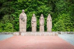 Cimitero dei soldati uccisi nella guerra in Gulbene, Lettonia Fotografia Stock