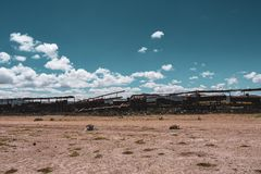 Cimitero del treno in Salar de Uyuni immagini stock