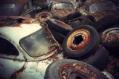Cimitero dell'automobile dell'annata Immagini Stock