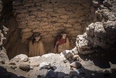 Cimitero di Chauchilla con le mummie prehispanic in Nazca, Perù fotografia stock libera da diritti