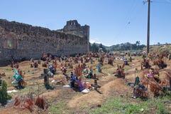 Cimitero di San Juan Chamula, il Chiapas, Messico immagini stock libere da diritti