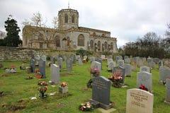 Cimitero e chiesa Fotografia Stock Libera da Diritti