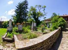 Cimitero rurale in Bulgaria fotografie stock
