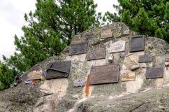 Cimitero simbolico sotto Ostrva in alte montagne di Tatra, Slovacchia Fotografia Stock Libera da Diritti