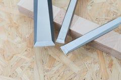 Ścinaki na naturalnym drewnianym tle Zdjęcie Stock